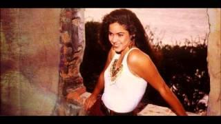Watch Shakira Peligro video