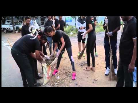 Sania Mirza Joins Swachh Bharat Campaign, Cleans Hyderabad Road - 99tv