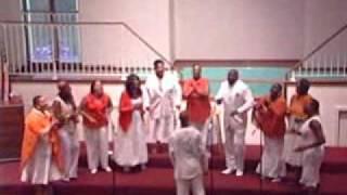 Watch Richard Smallwood Glorify The Lord video