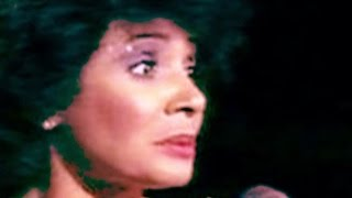 Watch Shirley Bassey La Pasion Que Nos Devora video