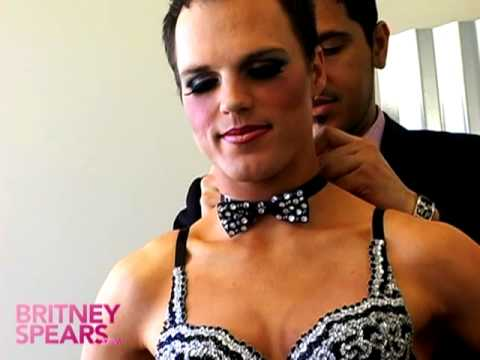 Derrick Barry dresses up as Britney
