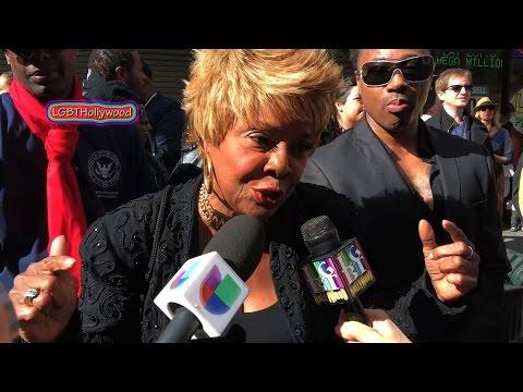 Thelma Houston Sings To President Obama Women S March La