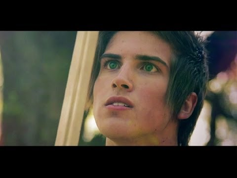 HUNGER GAMES MUSIC VIDEO! 