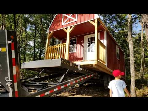 Our off grid Derksen 10x20 Lofted Barn Cabin review