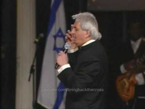 Benny Hinn sings Songs of the Lamb