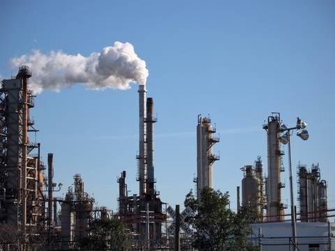 Oilmen Fund Anti-Global Warming Groups