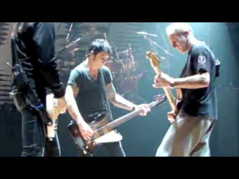 PHIL COLLEN ROCKS REHEARSAL FOR 'SCHOOL'S OUT'