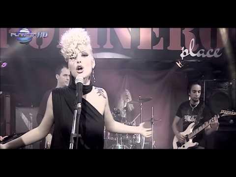 TSVETELINA YANEVA - MOMICHE ZA VSICHKO  Цветелина Янева - Момиче за всичко,  2010