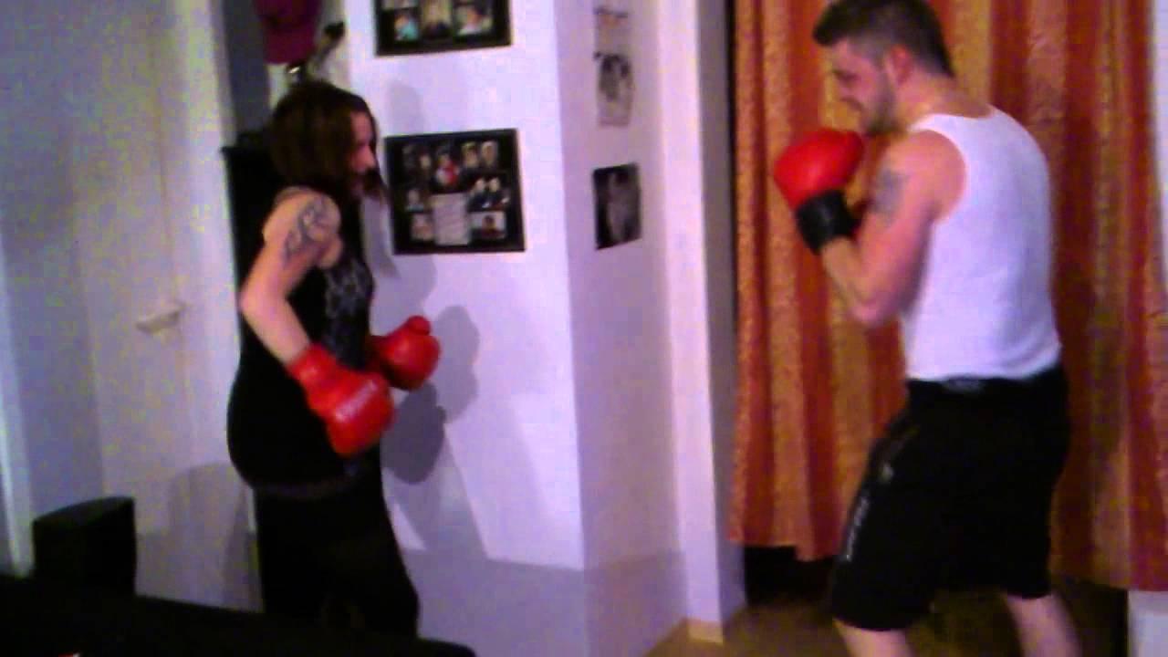 Boxkampf Mann gegen Frau Ron VS. Sandra - YouTube