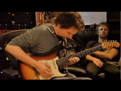 Muse - Animals [Best Quality Making Of The 2nd Law]