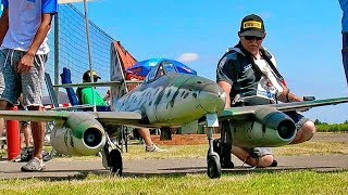 HUGE RC ME-262 SCALE MODEL TWIN TURBINE JET FLIGHT DEMONSTRATION