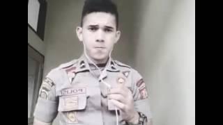 download lagu Polisi Ganteng Bersuara Merdu Nyanyi Tum Hi Ho gratis
