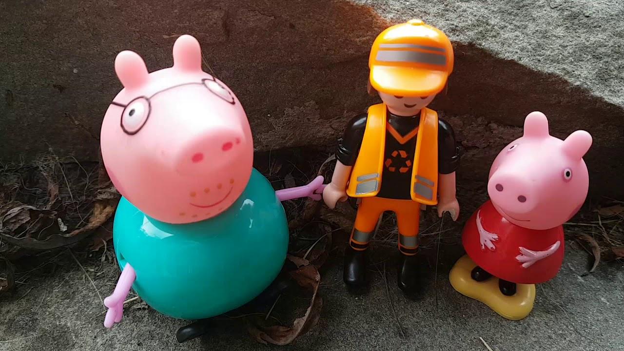 Bajka Swinka Peppa bajka po polsku - Wypadek Tata świnka Pies zaatakował Peppę - Playmobil