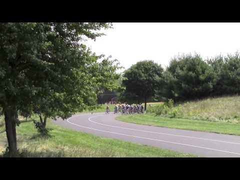 Juniors 13-14 Tour De FCCC Crash