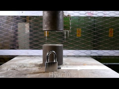 How to open padlock with hydraulic press
