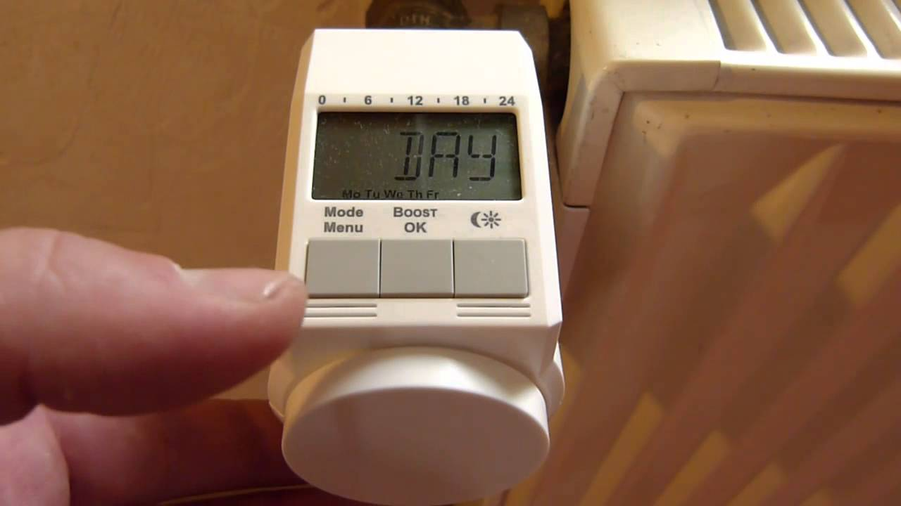 programmierbares heizk rperthermostat montieren und einstellen youtube. Black Bedroom Furniture Sets. Home Design Ideas