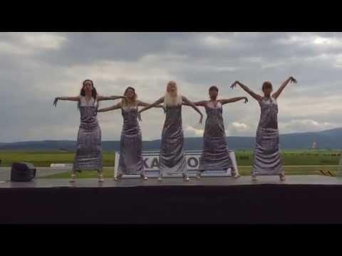 Ballet Veda Junior dancing to Tasha Tah-Haan De Munde at Truck...