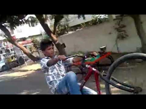 Muralidhar cycle stunts frm borabanda hyd.9666552636