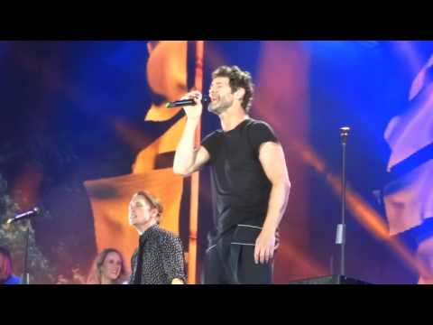 Take That - Never Forget - 9-7-16 Hyde Park HD FRONT ROW
