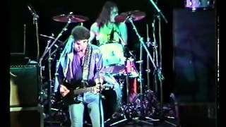 Watch Mungo Jerry Snakebite video