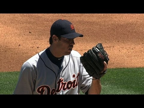 Fister's solid outing