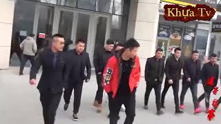Khoan tử đụng độ băng bảo kê, anh Lương dẫn 500 anh em đến giải cứu
