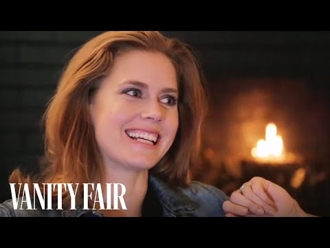 Amy Adams on Bradley Cooper's Pink Hair Rollers and Not Getting Along with Siri
