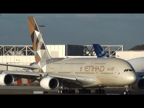 Etihad Airways First Airbus A380 in full livery rejected takeoff at Hamburg Finkenwerder