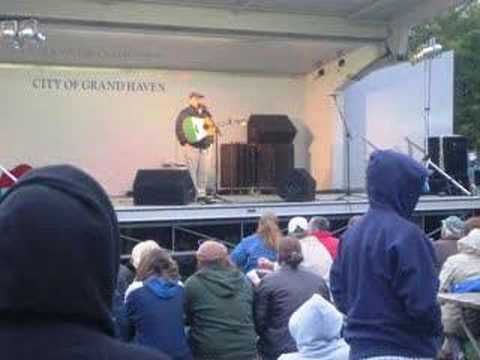 Michigan Irish Music Festival - Seamus Kennedy (2)