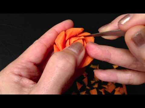 Sami Rose Carrot Flower - Advanced Lesson 3 by Mutita Art of Fruit & Vegetable Carving