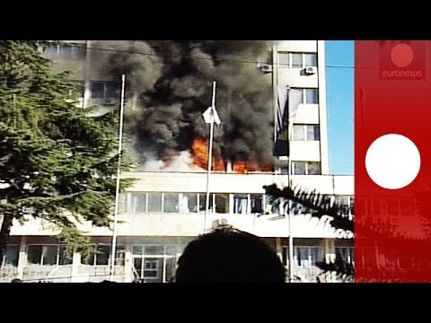 Dramatic footage: Bosnia govt building on fire as protesters express their joy
