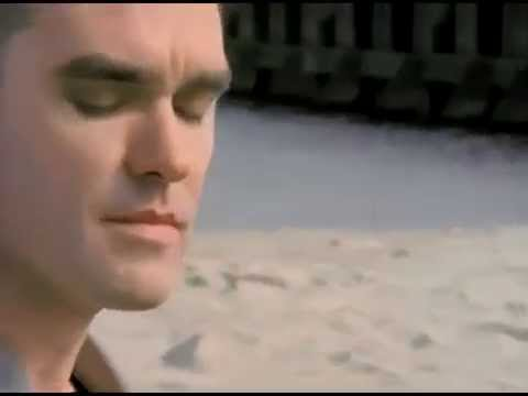 Morrissey - Hold On To Your Friends