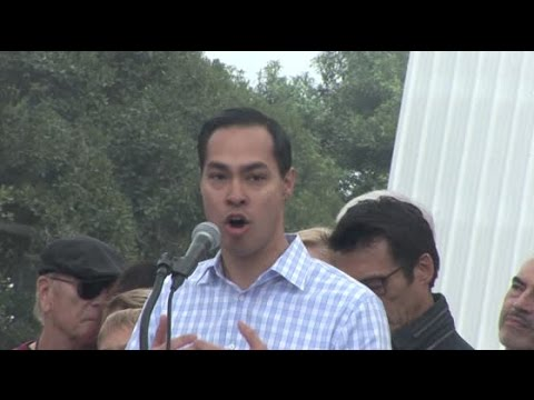 HUD Secretary JULIAN CASTRO announces Obama goal to end American Veteran homelessness in one year