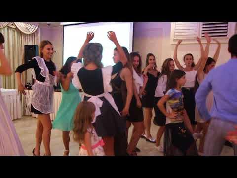 Конкурс танцевальная батл на свадьбе