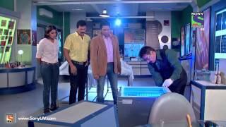 CID - Band Kamre Mein Laash - Episode 1103 - 18th July 2014
