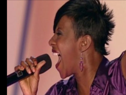 Le'Andria Johnson - Jesus (Sunday's Best Live performance)