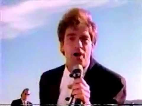 HUEY LEWIS & THE NEWS - Perfect World Video