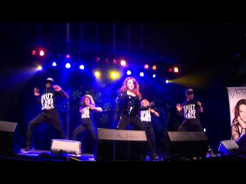 Victoria Duffield - Shut Up and Dance (Surrey Central Tree Lighting...