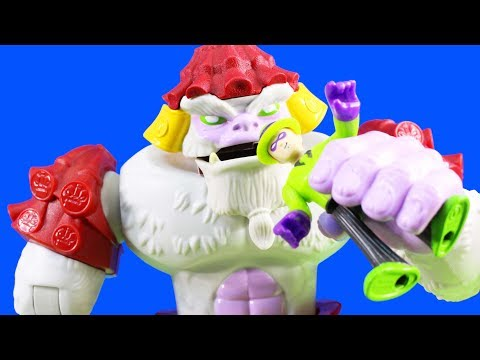 Mr. Freeze & The Riddler Steal Yeti Gold From Imaginext Giant Yeti + Snow Tank Kids Toy Review