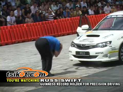 Manila International Auto Show 2010 - Sexy Girls & Russ Swift  *full Version* (by Tsikot) video