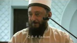 How Does Dajjal Communicate & Give Orders To His Followers? Sheikh Imran Hosein 2011