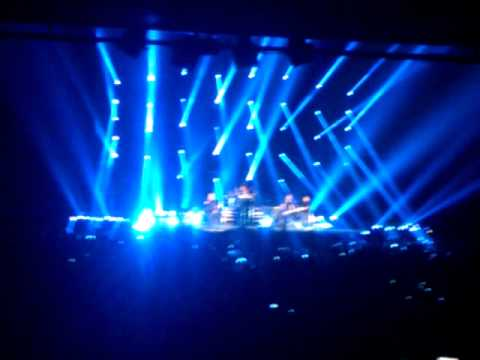Nickelback Heineken music hall 9-9-2012.3gp