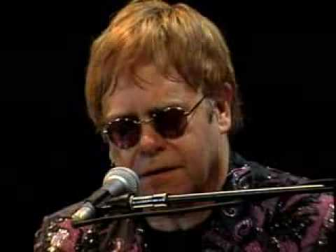 Elton John - Tell Me What The Papers Say