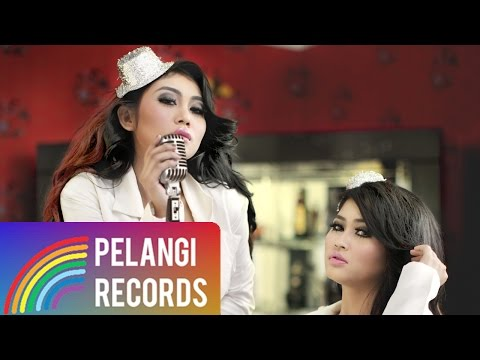 Cover Lagu Duo Serigala - Sianida (Official Lyric Video)