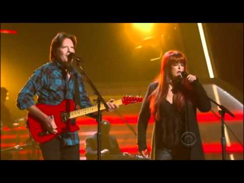 John Fogerty Wynonna Judd Duet Proud Mary ACM Girls Night Out Live 720p