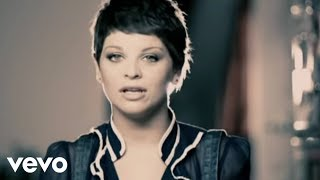 Watch Alessandra Amoroso Stupida video