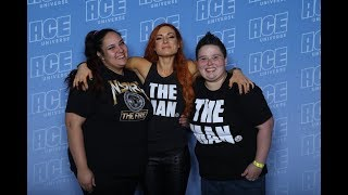 MEETING BECKY LYNCH AND ALEXA BLISS | ACE COMIC CON VLOG #1