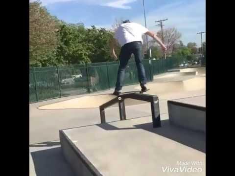 Dorkin around at Fontana with @braxtonotxarb 🎥: @san_pellagrano | Shralpin Skateboarding