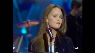 Watch Vanessa Paradis Tandem video