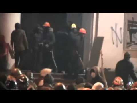 Ukraine protests  Violence clashes between police and protesters in Kiev